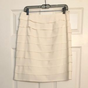 Larry Levine Ivory Tiered Pencil Skirt 8